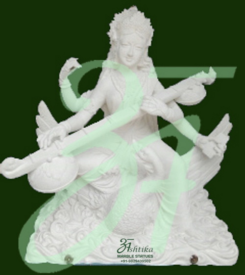 Beautiful Saraswati Statue